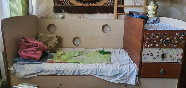 Продам кроватку недорого