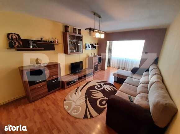 Apartament 3 camere, 65 mp, zona Racadau