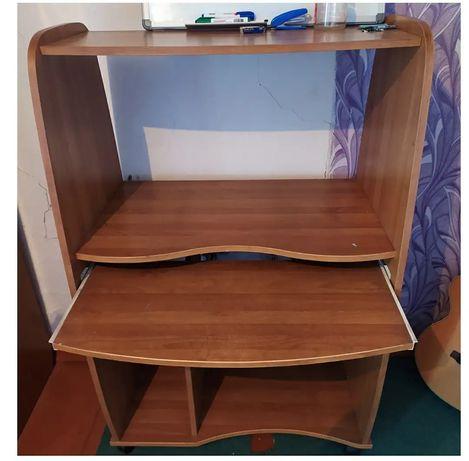 Продам компьютерный стол (б/у)