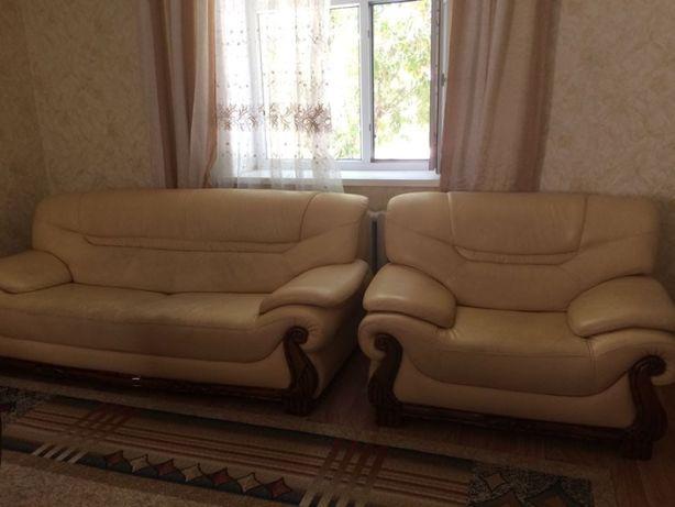 Продам гостиный диван! Продается в связи с переездом!