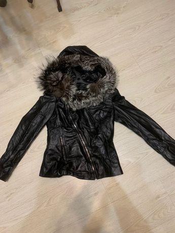Продается кожаная куртка срочно