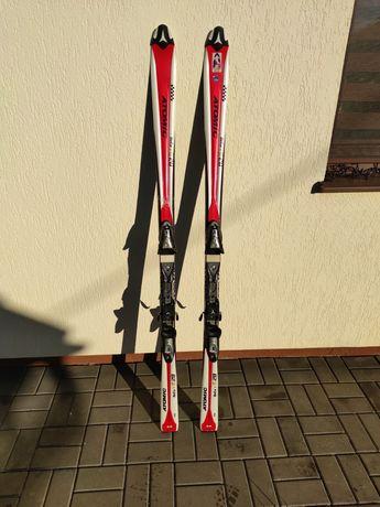 Skiuri de vanzare