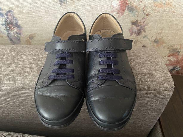 Кожаные ботинки 38 р.