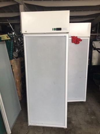 Професионален хладилник