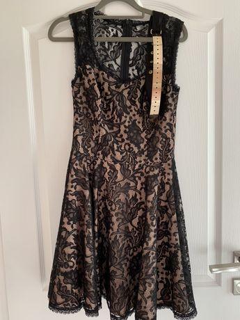 Дантелена рокля Junona