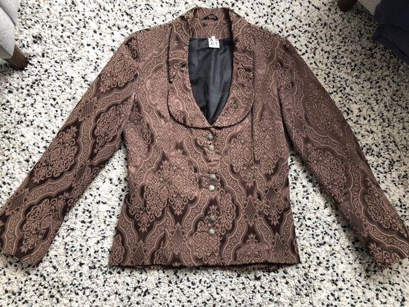 Ново дамско сако М размер