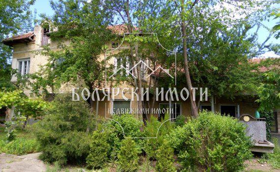 Къща в село Полски Сеновец