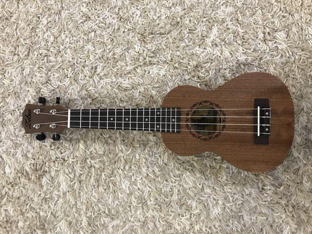 Укулеле сопрано новая (ukulele) + чехол + тюнер