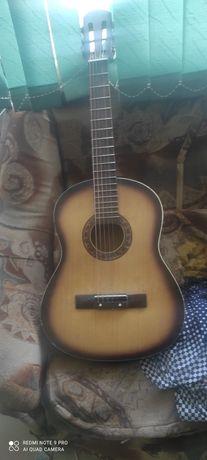 Гитара 6струнный