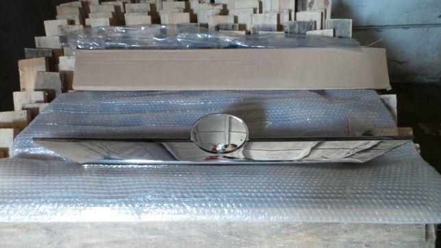 Молдинг крышки багажника (хром) Camry V50 12-14