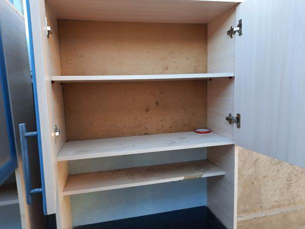 Мебель для кухня.жагдайы жаксы.кухни шкаф 40000.бу