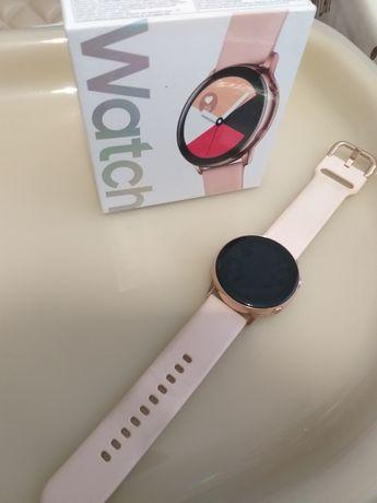 Продам часы самсунг watch