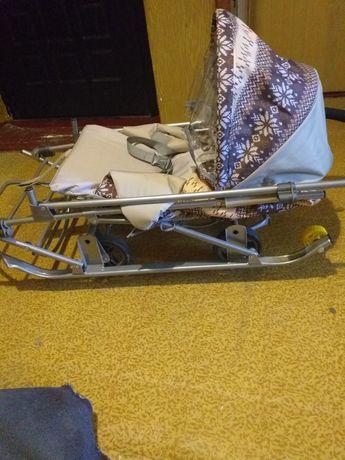 Продаю санки -коляска