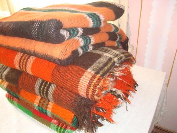Родопски одеяла, вълнени.