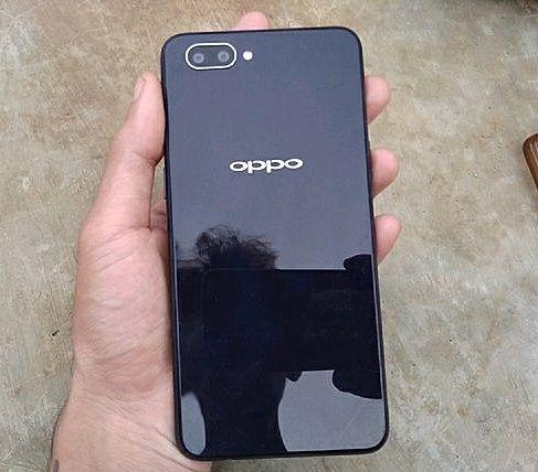 Продам Oppo A3s в отличном состоянии