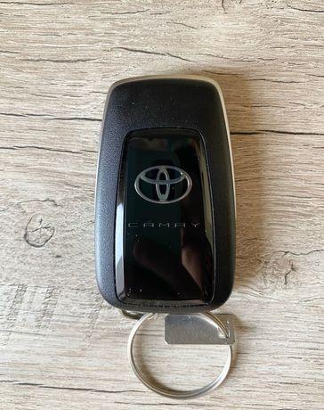 Ключ кілт от Toyota camry
