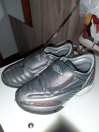 Спортни обувки за футбол Umbro