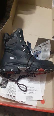 Защитная обувь от итальянской компании Cofra.