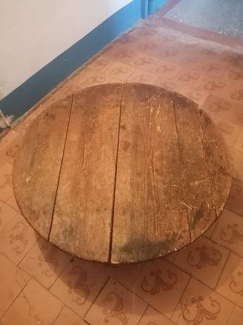 Круглый стол деревянный