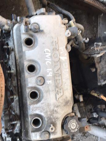 Двигател Хонда сивикhonda civic 1,4 1.6 99 г
