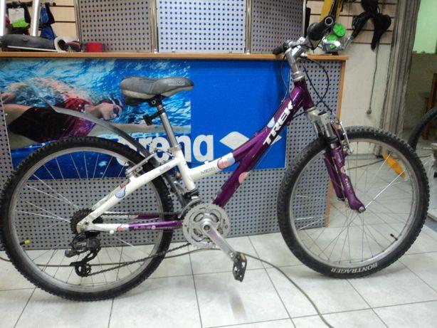Не новый детский велосипед для девочек 8-12 лет TREK, модель MT 220