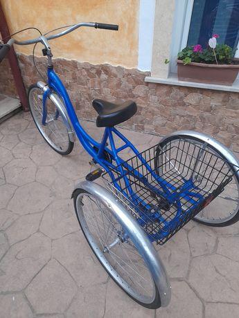 Bicicletă cu 3 roti,în stare foarte bună de functionare