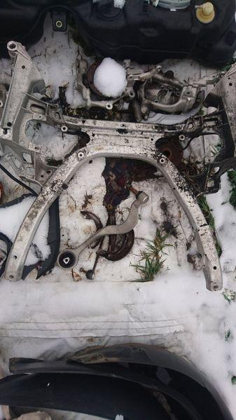 Преден и заден мост за БМВ е60 е61 - BMW E60 e61 - Автоморга БМВ гр. Долна баня - image 1