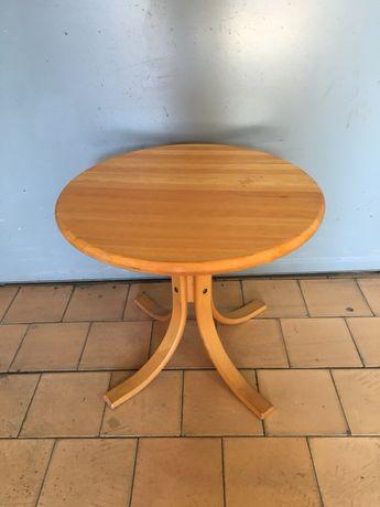 Кръгла дървена маса от масив