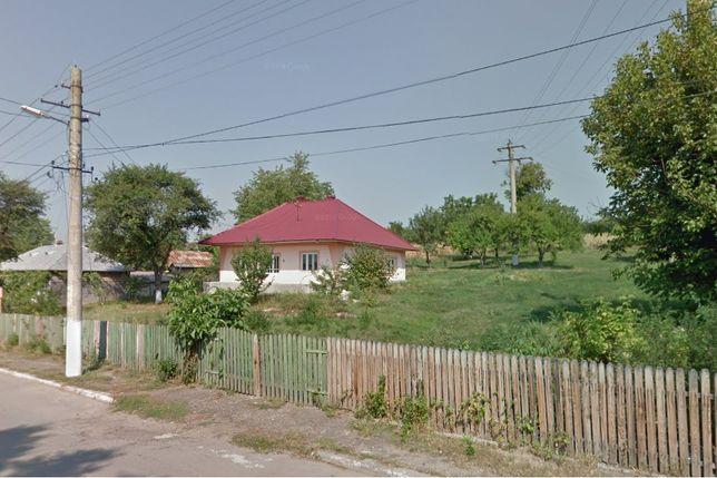Casa cu teren de 3000mp2 in Dorohoi De Vanzare