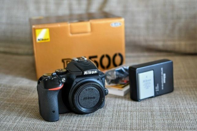 Nikon D5500 ca NOU
