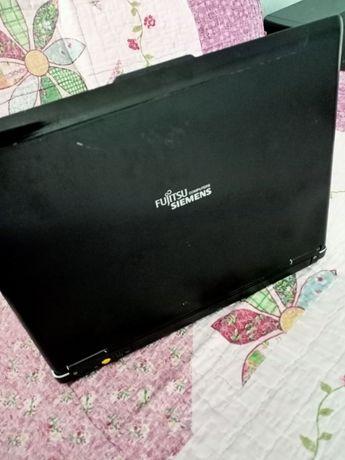 Нетбук компьютер Fujitsu Siemens