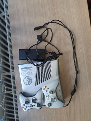 XBOX360 със два джойстика
