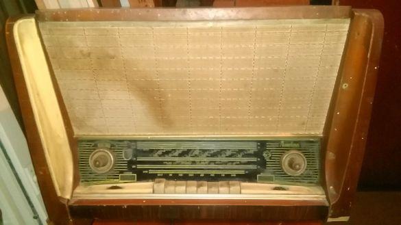 Продавам Старо Радио ЛАТВИЯ