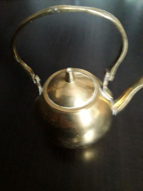 Ceainic india.