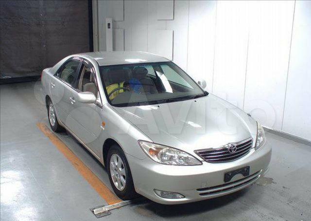 Лобовое стекло и заднее, боковые на Toyota Camry 30-35. АВТОСТЕКЛО