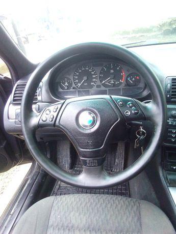BMW e 46 an 2000
