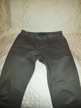 Мъжки панталон OVS Chinos тютюнев цвят - размер М