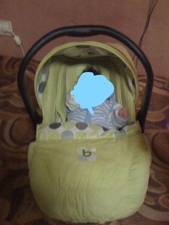 детско столче ( кошница ) за кола Бертони