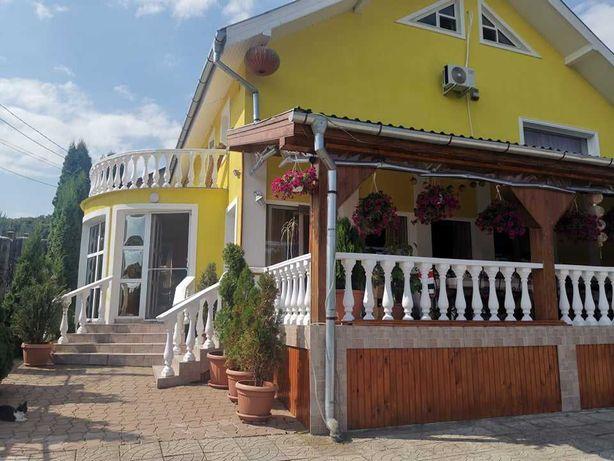Pensiune de vanzare in Ivanest,langa TG Mures