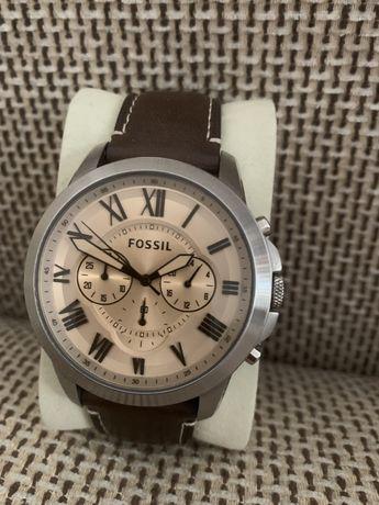 Ceas Fossil Grant FS5152