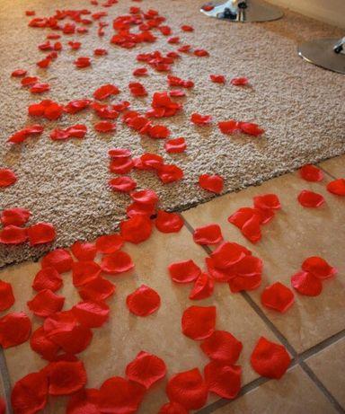 Изкуствени листа от рози - червен цвят