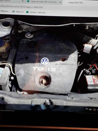 Dezmembrez capac motor 1.9 tdi Golf 4 Bora