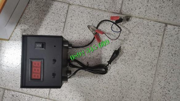 Импулсно зарядно устройство за автомобил кола 12A UKC с дисплей