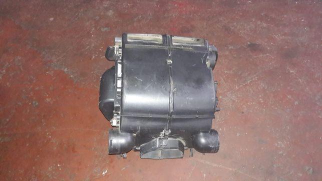 Radiator incalzire cu carcasa Ford Transit 2.4 TDCI din 2007