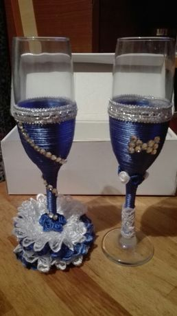 Pahare miri / nunta albastre 30 lei ambele
