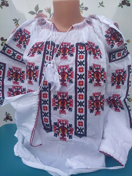Ie / vesta traditionala