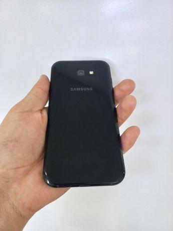 Продам телефон Samsung A7,32GB