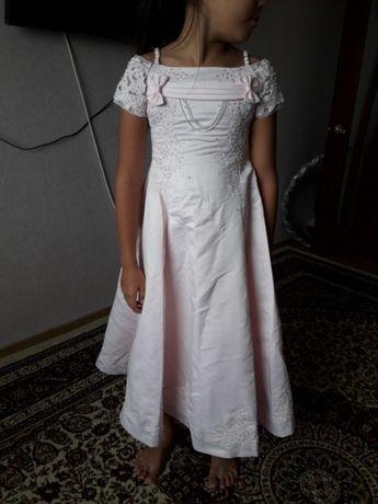 платье розовое 7-10лет