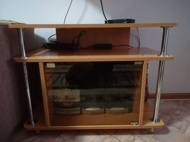 Журнальный столик и тумбочка
