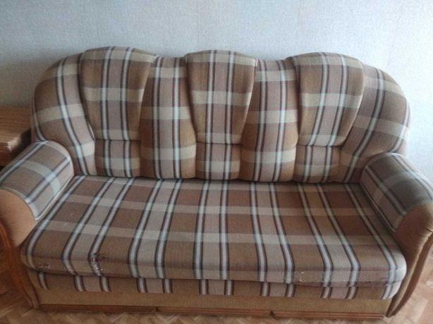 Продам б/у мебель. Диваны, кровать, прихожая